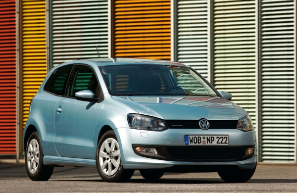 Volkswagen - Polo 125€ for 3 days